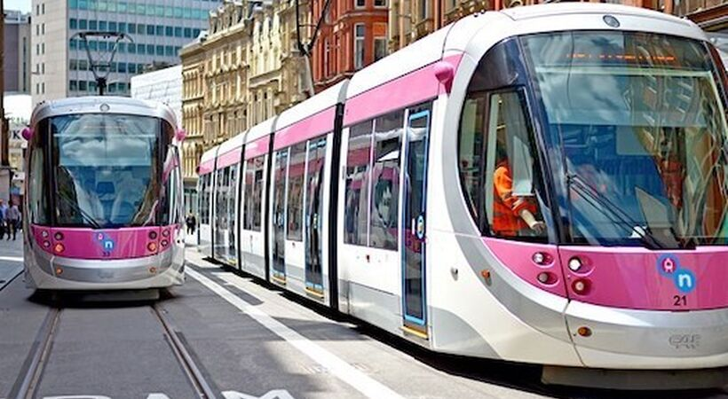 Midland Metro awards multi-million pound contract