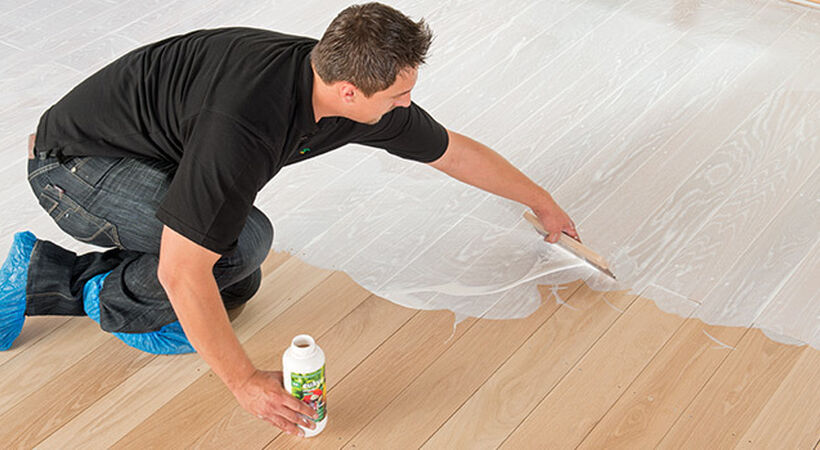 Protection for wood and cork floors