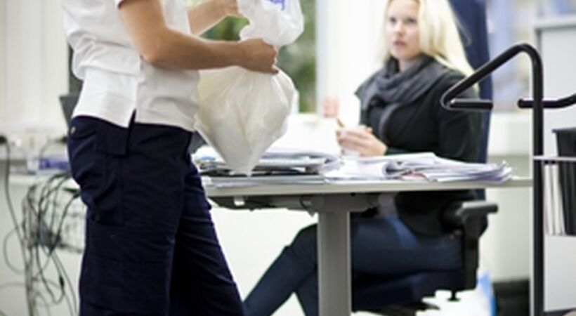 Survey examines how office workers interact with cleaners